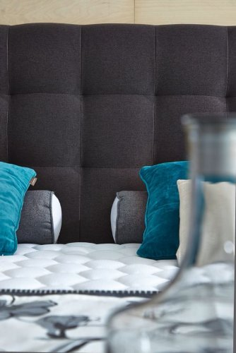 modell rockstar von welcon luxus boxspringbett 180x200 h rtegrad h3 in schwarz inkl topper. Black Bedroom Furniture Sets. Home Design Ideas