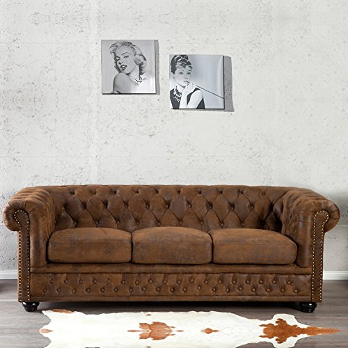 cag edles 3er sofa winchester braun aus kunstleder im klassisch englischen chesterfield. Black Bedroom Furniture Sets. Home Design Ideas