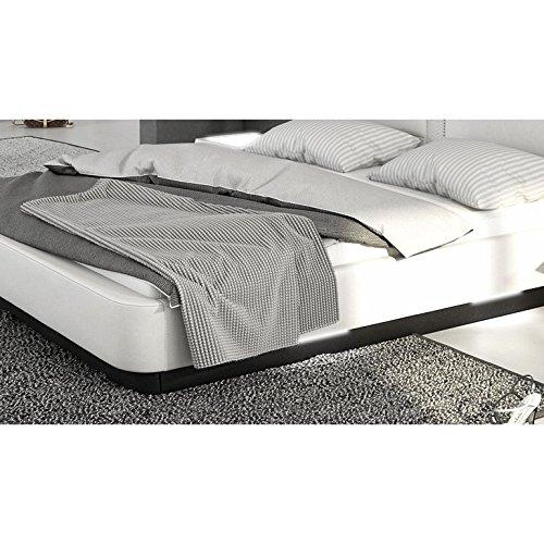 Innocent Polsterbett aus Kunstleder weiß 180x200cm mit LED und Lautsprecher Zarina mit Lattenrost