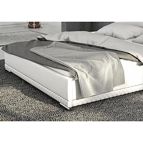 innocent polsterbett aus kunstleder wei 180x200cm mit led und lautsprecher caspani mit matratze. Black Bedroom Furniture Sets. Home Design Ideas