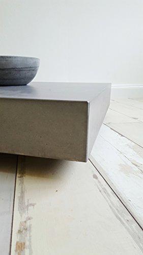 massiver beton couchtisch schwebend und rollbar b k design